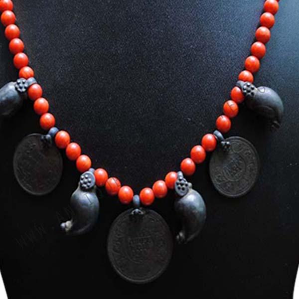 Single Line Beads: Pavalam Single Line Kasu With Mango Beads